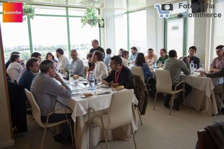 Imagen de los asistentes a la tercera edición de la comida ecommerce | Kuombo