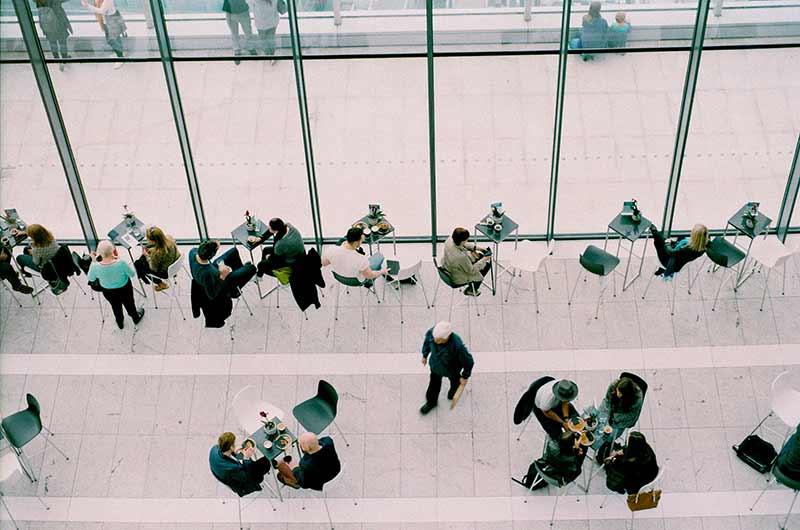 Networking café en eventos de ecommerce y marketing