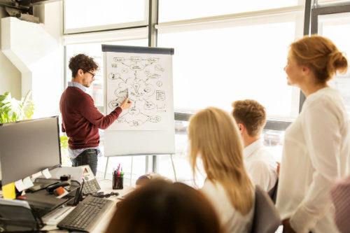 La brecha entre la formación y lo que demanda la empresa